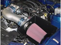 clean-car-air-filter