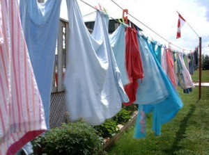 10 Minute Finance Fix Hang Your Clothes Out To Dry Learnthatcom